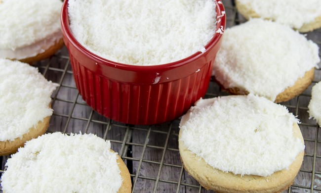 How to Make Snowball Cookies Video