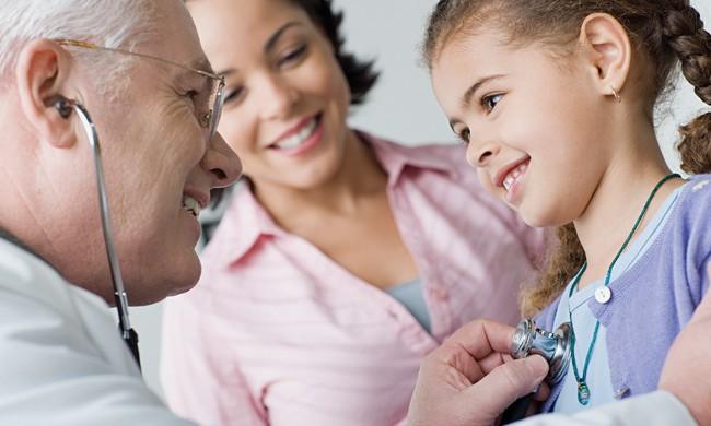 Cómo los niños pueden recibiratención preventiva gratuita o de bajo costo