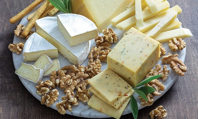Savor the Season with Delicious, Decorative Cheese Boards