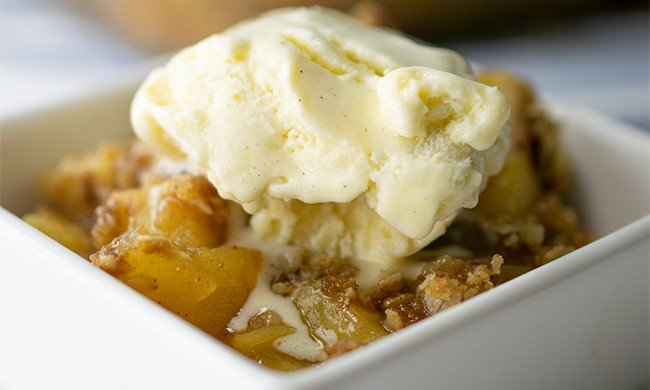 SPICED-APPLE-CRUMBLE