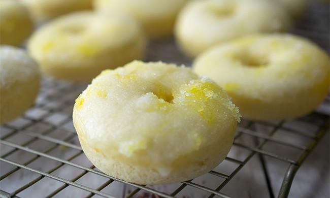Baked Lemon Donuts Delight