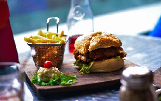 Chain Burger Restaurants Ranked From Worst To Best